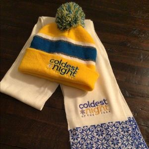 Collector Coldest Night of the Year Touque & Scarf